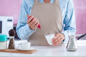 The Best Handheld Milk Frother (2020 Reviews)